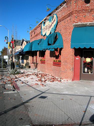 Paso Robles Quake Dec 03